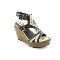 Yellowbox Women's 'Abella' Sandals