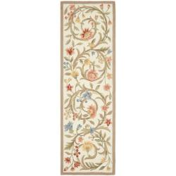 Hand-hooked Garden Scrolls Ivory Wool Rug (2'6 x 6')