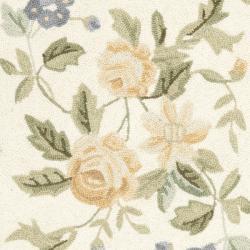 Safavieh Hand-hooked Gardens Ivory Wool Rug (2'9 x 4'9)