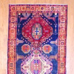 1960s Antique Persian Hand-knotted Tribal Hamadan Navy/ Beige Wool Runner (4'10 x 10'10)