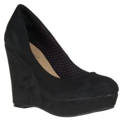 Riverberry Women's 'Confetti' Black Microsuede Wedges