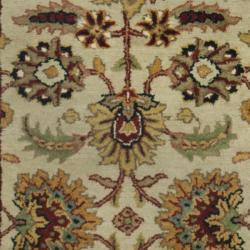 Safavieh Handmade Classic Light Green/ Ivory Wool Runner (2'3 x 8')