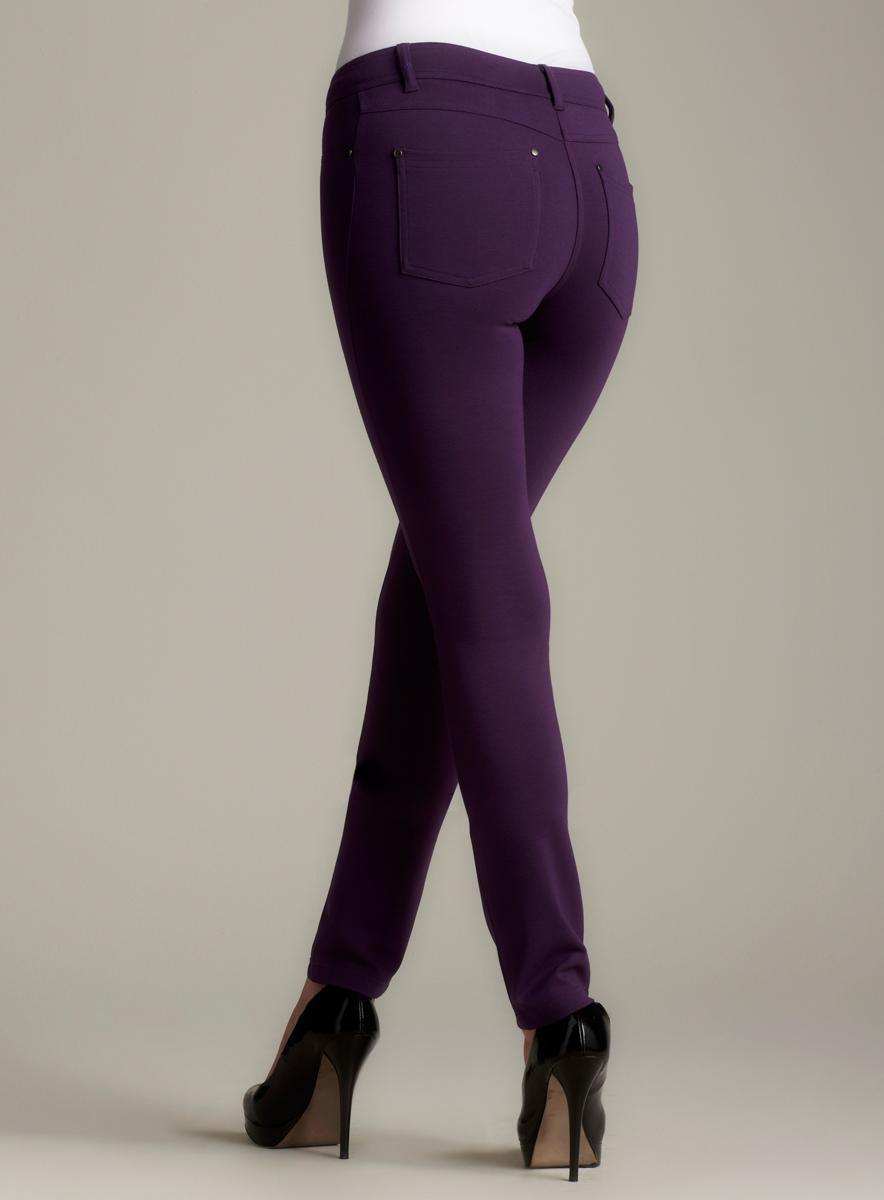 Romeo & Juliet Couture 5 Pocket Ponte Pant In Purp