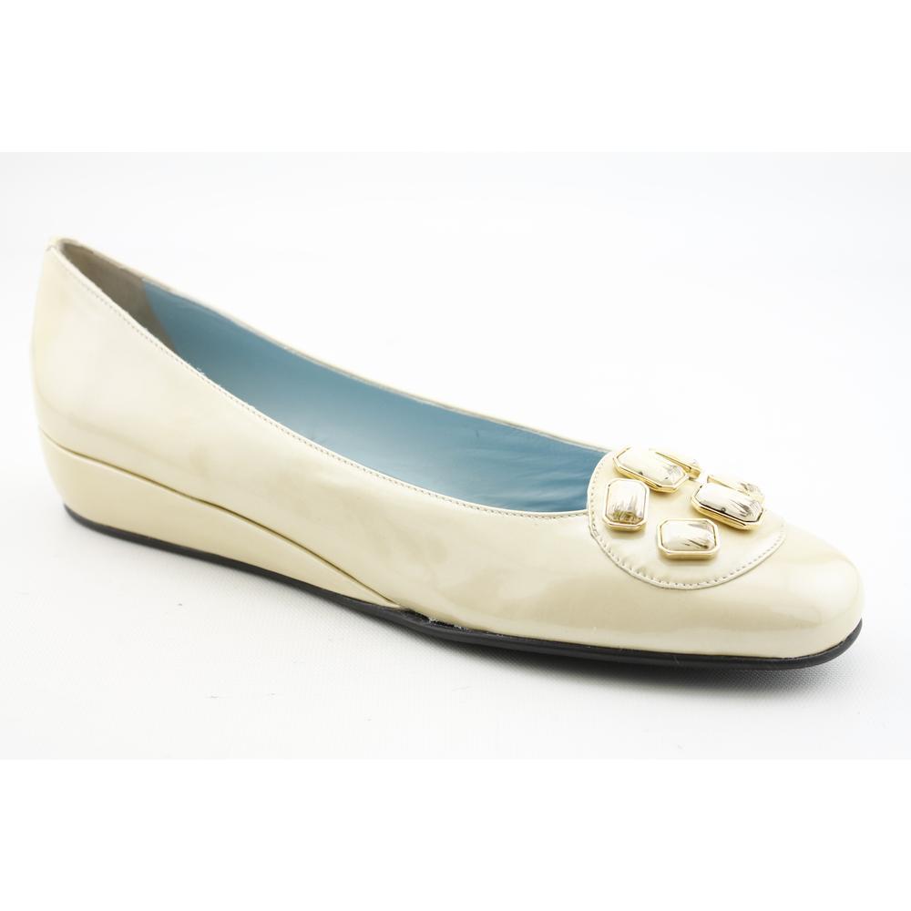 Narrow Shoes For Women