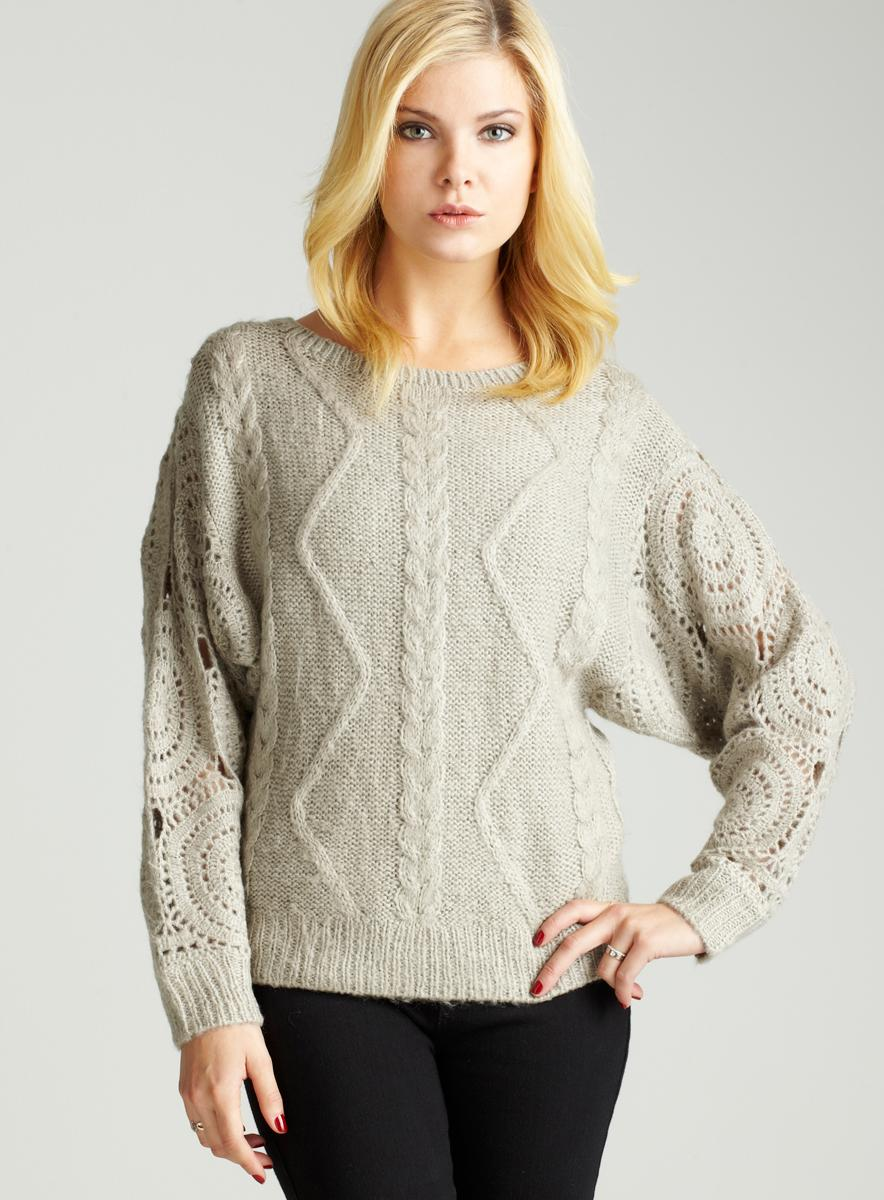 Romeo & Juliet Couture Heavy Knit Sweater