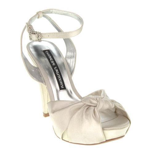 Women's Chinese Laundry Baldwin Ivory Shiny Supreme