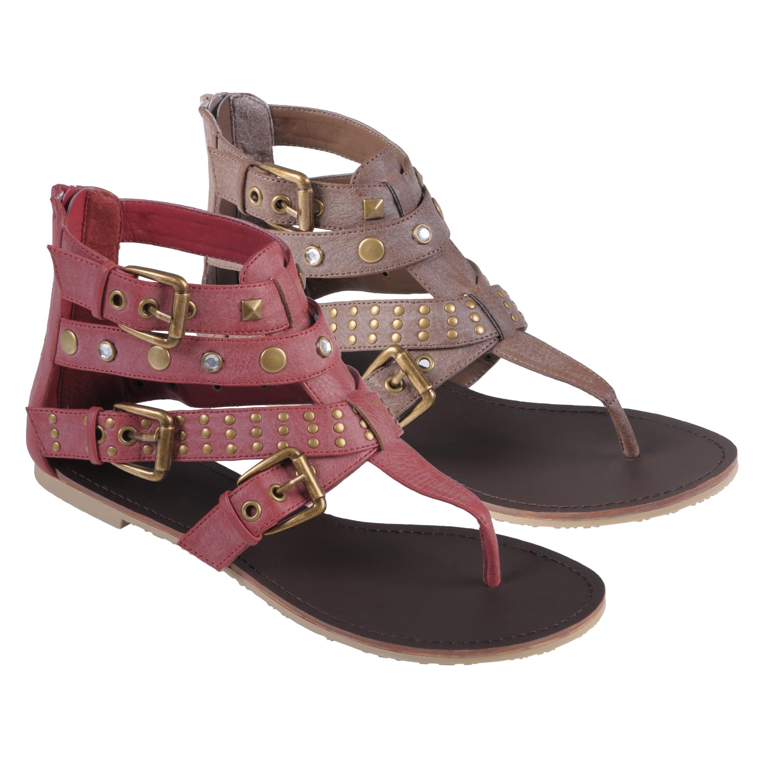 Journee Collection Women's 'Slick-37' T-strap Gladiator Sandals
