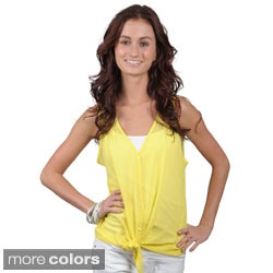 Journee Collection Juniors Sleeveless Sheer V-neck Top