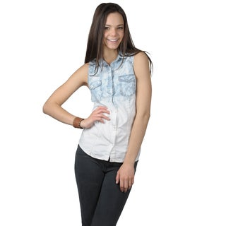 Journee Collection Juniors Sleeveless Snap Closure Denim Top with Star-Print Shoulders