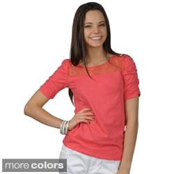 Journee Collection Juniors Lace Detail Ruched Sleeve Top