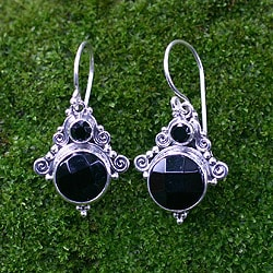 Handcrafted Sterling Silver 'Exotic' Onyx Earrings (Indonesia)
