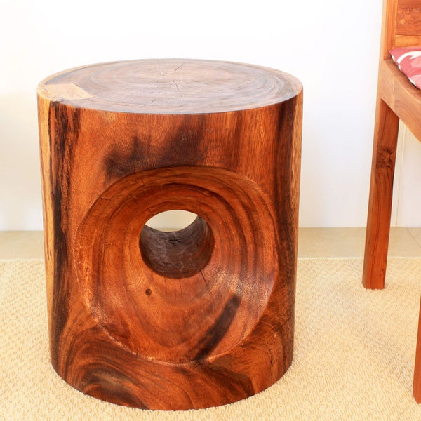 Hand-carved 16 x 18 Walnut Oiled Peephole End Table (Thailand)