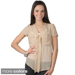 Journee Collection Women's Short-sleeve V-neck Chiffon Top