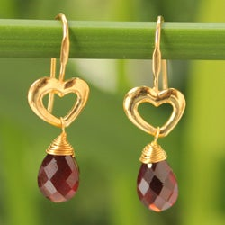 Handcrafted Gold Overlay 'Time to Love' Garnet Earrings (Thailand)