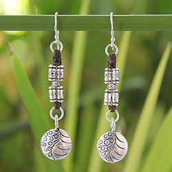 Handcrafted Silver Dangle 'Hill Tribe Stories' Earrings (Thailand)