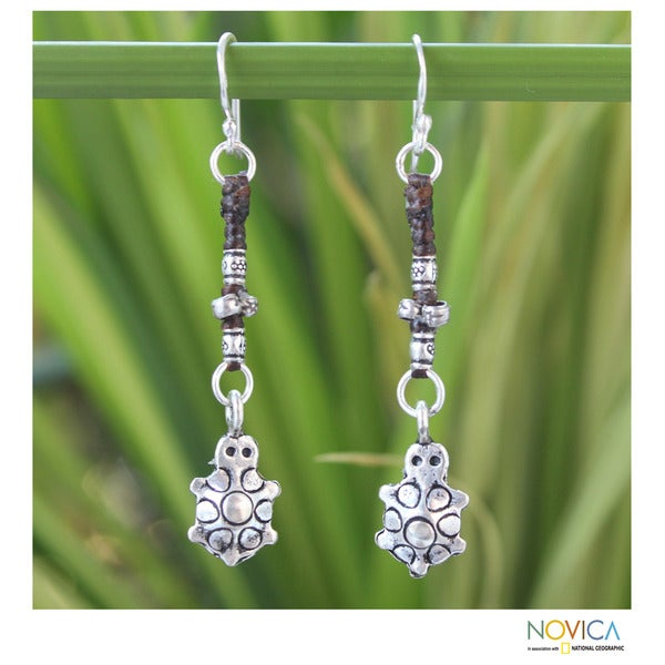 Handcrafted Silver Dangle 'Hill Tribe Turtle' Earrings (Thailand)