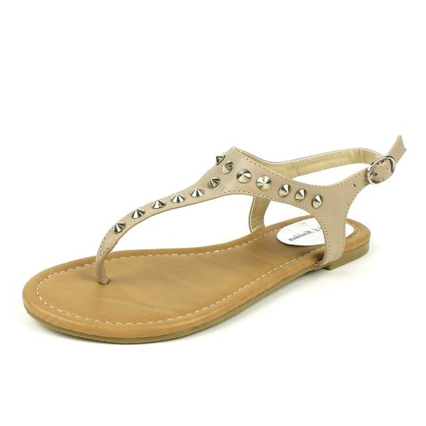 Mark & Maddux Women's 'WALTER-01' Putty Pointed Stud T-strap Flat Sandals