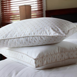 Tommy Bahama Soft Medium/ Medium Firm Jumbo-size Pillows (Set of 2)