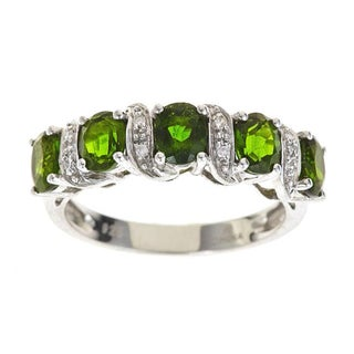 Anika and August D'Yach Sterling Silver Chrome Diopside and Diamond Accent Ring