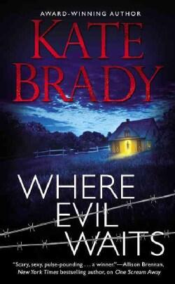 Where Evil Waits (Paperback)