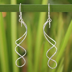 Sterling Silver 'Gentle Sigh' Earrings (Thailand)