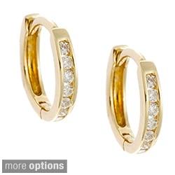 10k Gold Children's 1/8ct TDW Diamond Mini-hoop Earrings (H-I, I1-I2)