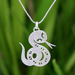 Sterling Silver 'Chinese Zodiac Snake' Necklace (Thailand)
