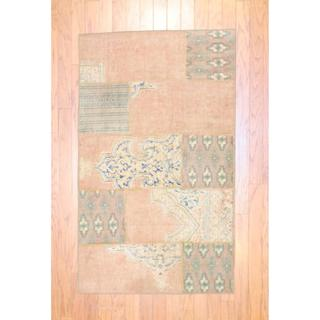 """Pak Persian Hand-Knotted Patchwork Traditional Multi-Colored Wool Area Rug (2'10"""" x 4'10"""")"""