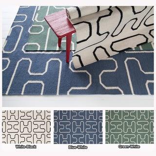 Mandara Handmade Geometric Pattern Flat-Weave Area Rug (7' x 10')