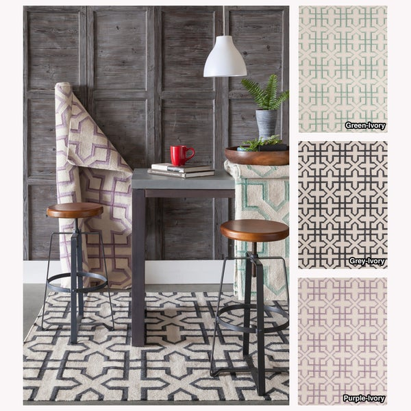 Mandara Handmade Abstract Pattern Ivory/Green Flat-Weave Rug (5' x 7')