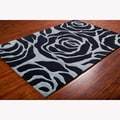 Mandara Hand-tufted Black/Blue Floral Wool Rug (7'9 x10'6)