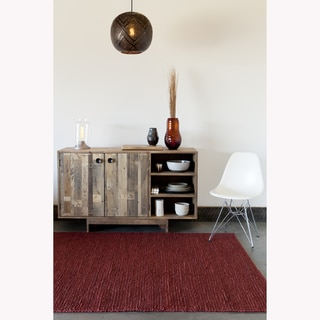 Hand-woven Mandara Red Natural Rug (5' x 7')