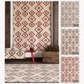 Contemporary Mandara Handmade Geometric Pattern Flatweave Rug (5' x 7')