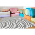 Metropolis Chevron Grey/ White Area Rug (7'10 x 10'3)