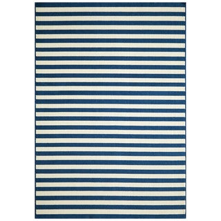 Indoor/ Outdoor Navy Striped Rug (6'7 x 9'6)