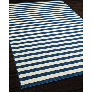 Indoor/Outdoor Navy Striped Rug (3'11 x 5'7)
