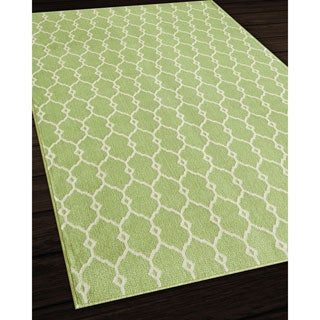 Indoor/Outdoor Green Trellis Rug (3'11 x 5'7)