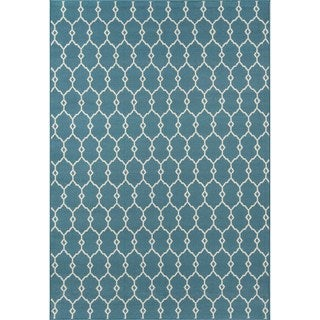 Indoor/Outdoor Blue Trellis Rug (5'3 x 7'6)