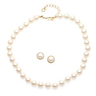 Carolee White Pearl Necklace and Stud Earrings Set Box