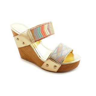BCBGeneration Women's 'Camryn' Leather Sandals