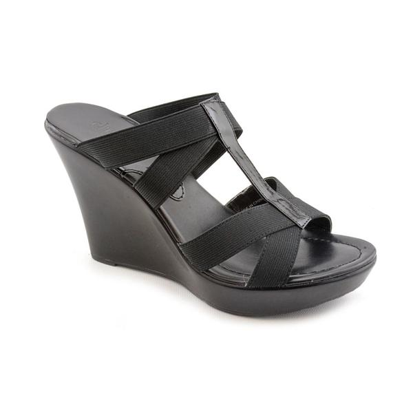 Charles By Charles David Women's 'Tic' Basic Textile Sandals