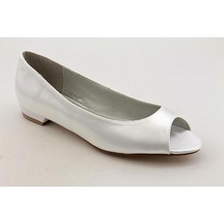 Dyeables Women's 'Kara' Satin Dress Shoes