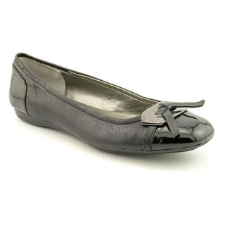 Bandolino Women's 'Wound Up' Leather Casual Shoes