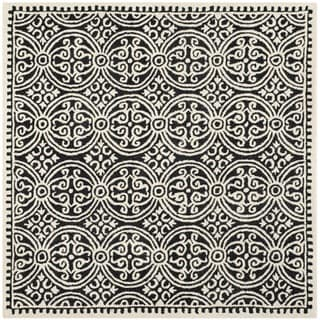 Safavieh Handmade Cambridge Moroccan Traditional Black Wool Rug (6' Square)