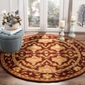 Safavieh Hand-made Antiquity Wine/ Gold Wool Rug (5' Round)