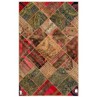 Pak Persian Hand-knotted Patchwork Multi-colored Wool Rug (4'10 x 7'8)