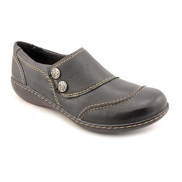 Clarks Women's 'Ashland Alpine' Black Leather Casual Shoes