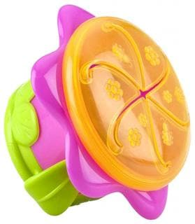 Nuby 3-D Flower Snack Keeper