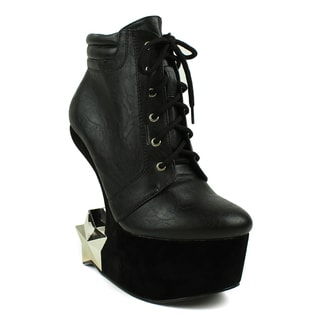 Fahrenheit Women's 'Felicia-05' Star Figure Black Heel-Less Wedge Booties