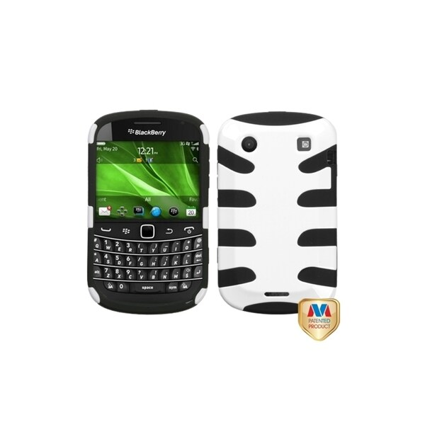 INSTEN Ivory/ Black Fishbone Phone Case Cover for Blackberry Bold 9930/ 9900